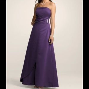 David's Bridal. Strapless Gown. NWT.